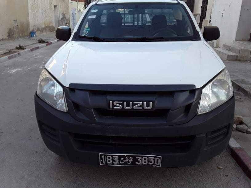 Carte voiture Isuzu D-Max
