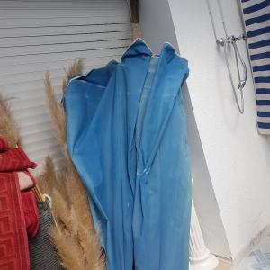 Tunis-maison_et_jardin-parasole-bleu