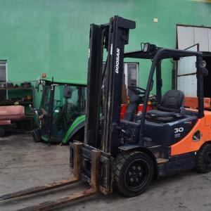 Sfax-vehicules_et_pieces-Location-engins-BTP-fenwick-forklift-16t-poclain-p