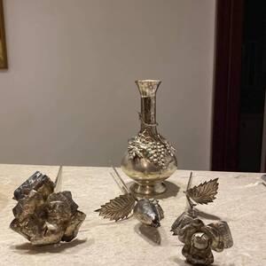 Tunis-maison_et_jardin-Vase-avec-rose-ancien-En-argent-Piece-unique-Prix
