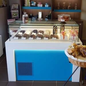 Monastir-materiaux_et_equipement-vitrine-frigorifique-professionnels-chocolat5C°