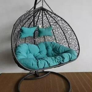 Ben-Arous-maison_et_jardin-fauteuil-suspendu