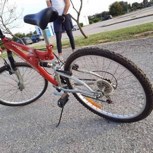 Ben-Arous-loisirs_et_jeux-un-vélo-cbr-prado