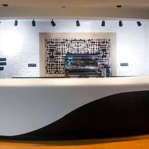 Monastir-materiaux_et_equipement-comptoir-café-Lux
