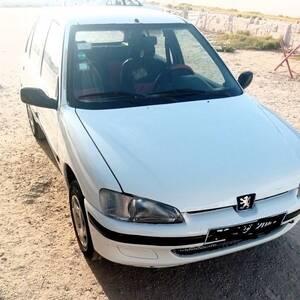Sousse-voitures-Peugeot-(106)-1998-Manuelle-Essence