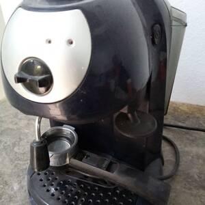 Ben-Arous-maison_et_jardin-Machine-à-café