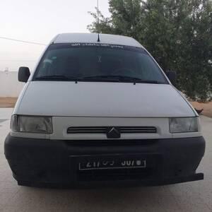 Kairouan-voitures-Citroen-(Jumpy)-2000-Manuelle-Essence
