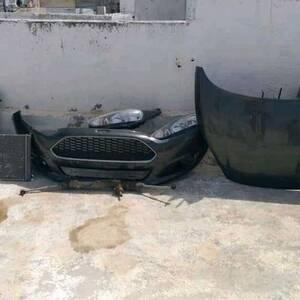 Tunis-vehicules_et_pieces-Pièce-ford-fiesta-trend-kol-chay-d'origine