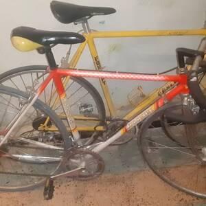 Gafsa-vehicules_et_pieces-velo-ancien-et-nouveau-cyclotourisme-importe
