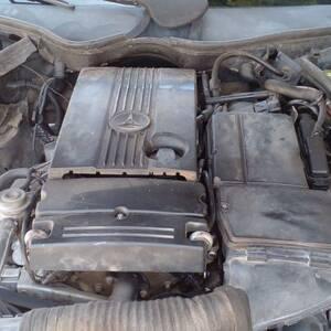 Sfax-voitures-Mercedes-(Classe-C)-2004-Automatique-Essence